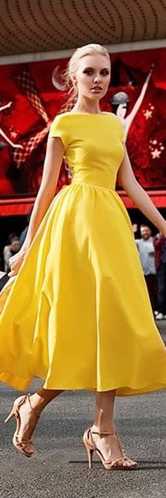 52 Trendy Ideas for clothes for women in fashion dresses outfit ideas Trendy Dresses, Cute Dresses, Beautiful Dresses, Summer Dresses, Formal Dresses, Midi Dresses, Maxi Skirts, Modest Dresses, Gorgeous Dress
