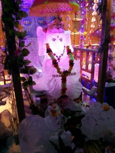 The cool, ice Ganpathy in Snow World, Phoenix Market City, Kurla(W), Mumbai