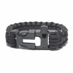 Get A Free Paracord Survival Bracelet With Fire Starter And Whistle! - http://freebiefresh.com/get-a-free-paracord-survival-bracelet-with-fire-starter-and-whistle-2/