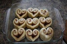 10 Valentine's Day Food & Treats - Heart Shaped Cinnamon Rolls