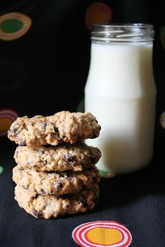 Eggless oats and choc chip cookies