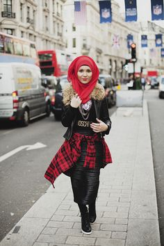 MODEST STREET FASHION  - nice website - i dig this outfit, very cute even if I don't wear a hijab