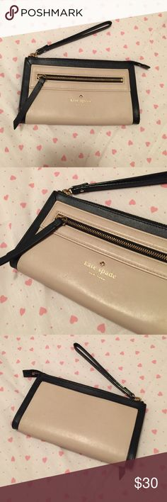 Kate Spade wristlet No flaws, but I used it for about a year, so it isn't new looking. kate spade Bags Clutches & Wristlets