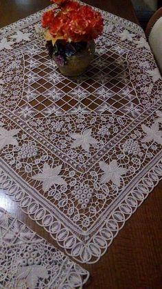 Romanian crochet