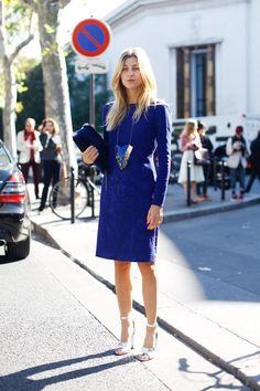 Thank God its a royal blue Monday! - http://www.fashionscene.nl/p/146842/thank_god_its_a_royal_blue_monday!