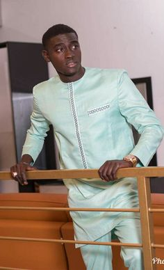 African Dresses Men, African Attire For Men, African Clothing For Men, African Shirts, Nigerian Men Fashion, African Men Fashion, Mens Fashion, Kaftan Men, Cool Outfits For Men