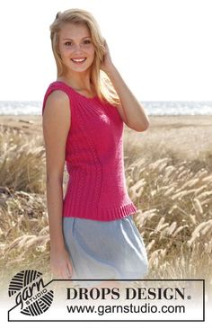 """Knitted DROPS tight-fitting top with rib and lace pattern in """"Cotton Light"""". Size: S - XXXL."""