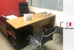 ¡Mobiliario para tu oficina con excelente distribución de espacios, buenos acabados y con estilo!