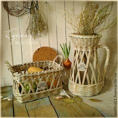 Idea jarra y cesta de papel de periódico reciclado - idea recycled newspaper, basket and Jug