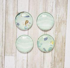 Mermaids & Waves Glass Magnets // Kitchen Magnet, Office Deco, Nautical Magnet, Fridge Magnet, 1'' Magnet, Set of Four Magnets, Glass Magnet de la boutique SomniumBoutique sur Etsy