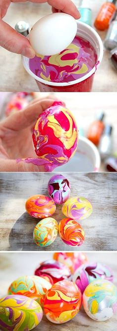 DIY Nail Polish Dipping Easter Eggs DIY Nail Polish Strips I'm making mine now in: Essie Mod Square, Watermelon, and Bobbing for Baubles. Egg Crafts, Easter Crafts, Diy And Crafts, Crafts For Kids, Ostern Party, Diy Ostern, Hoppy Easter, Easter Bunny, Spring Crafts