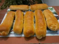 Luzmary y sus recetas caseras: PAN PARA HOT DOG EN THERMOMIX Hot Dog Buns, Hot Dogs, Thermomix Bread, Food, Gram Flour, Breads, Milk, Cooking Recipes, Kitchens