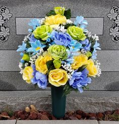 Cemetery Flower Vase With Stake-Flowers For Grave-Grave Vase Flowers-Cemetery Flowers-Cemetery Decorations-Cemetery Vase-Flower Ground Vase by CoyoteCountryMarket on Etsy Grave Flowers, Cemetery Flowers, Funeral Flowers, Diy Flowers, Flower Vases, Flower Pots, Flower Ideas, Cemetery Vases, Cemetery Decorations