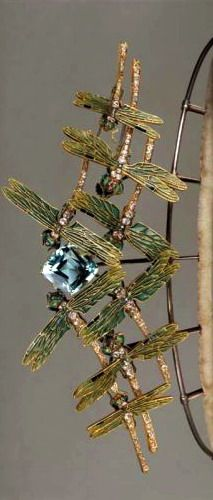 Lalique 1900 Tiara designed as enameled dragonflies, all flying toward a large aquamarine stone