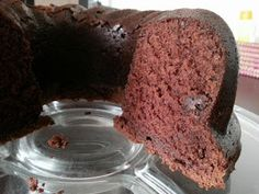 Chocolate velvet cake aneb Sametová bábovka Chocolate Velvet Cake, Cakepops, Cupcakes, Food, Meal, Cake Pop, Cupcake, Essen, Hoods
