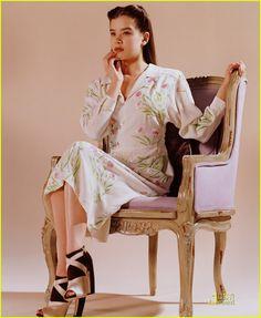932a75d36a0b Hailee Steinfeld s Miu Miu Debut Chanel