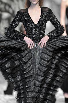 viktor and rolf couture - Tìm với Google