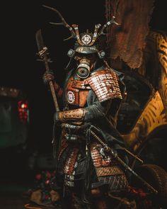 Postapocalyptic Samurai by Wasteland-Warriors on DeviantArt Ronin Samurai, Samurai Warrior, Futuristic Samurai, Samourai Tattoo, Wasteland Warrior, Samurai Artwork, Armadura Medieval, Japanese Warrior, Ghost Of Tsushima