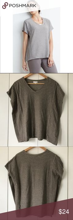 """Pure Jill J Jill Striped Poncho Top Gray Dolman XS Striped poncho pullover top from J. Jill's Pure Jill in women's size extra small. Dolman batwing sleeves. Relaxed and loose fit. Horizontal stripes on front and back. Vertical stripes on side panels. 24"""" from armpit to armpit. 23"""" from top of shoulder to bottom of hem. J. Jill Tops"""