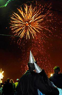 Happy New Year! Fireworks display at midnight! #whbm #feelbeautiful
