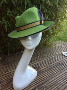 Green Felt Trilby by SUSAN FAGE #millinery #HatAcademy #hats