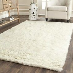 How to buy a modern flokati wool rug for your living room? Shop Safavieh Handmade Flokati Ivory Wool Rug - X - On Sale Square Rugs, Rectangular Rugs, Hand Tufted Rugs, Home Living, Living Room, Kitchen Living, Malm, Online Home Decor Stores, Home Decor