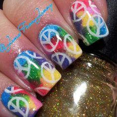 rainbow peace Hippie Nail Art, Hippie Nails, Nail Polish Art, Toe Nail Art, Peace Sign Nails, Cute Nails, Pretty Nails, Monkey Nails, Irish Nails