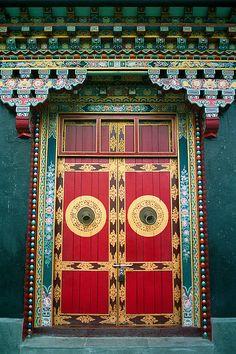 inspiration: What waits behind this door? Temple Door in Bhutan Cool Doors, Unique Doors, Knobs And Knockers, Door Knobs, Entrance Doors, Doorway, Grand Entrance, Porte Cochere, When One Door Closes