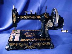New National sewing machine cast-iron scroll base hand crank GORGEOUS!