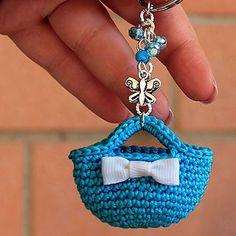 Crochet ideas 862369028629229442 - Crochet Keyring Free Mini Bag Pattern Source by Crochet Gifts, Diy Crochet, Crochet Toys, Crochet Baby, Crochet Ideas, Purse Patterns Free, Bag Pattern Free, Sewing Patterns, Crochet Keychain Pattern