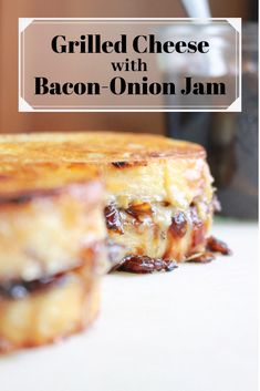Grilled Cheese with Bacon-Onion Jam These are THE BEST gourmet grilled cheese sandwiches. Made with white cheddar and gruyère and slathered with caramelized bacon-onion jam for a low-key fancy, grown-up grilled cheese. Grilled Cheese Food Truck, Grilled Cheese Recipes, Grilled Cheeses, Bacon Onion Jam, Gourmet Recipes, Burger Recipes, Cooking Recipes, Perfect Food, Caramelized Bacon
