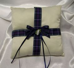 Scottish Wedding = RING CUSHION WITH TARTAN RIBBON... This would be super easy to make -MMR
