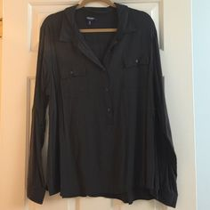 Old Navy Button down Light wear but still lots of life charcoal gray Old Navy Tops Button Down Shirts