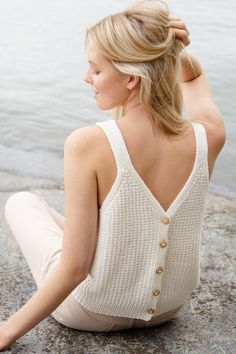 Free Knitting Pattern for a Button Up Summer Top Christmas Knitting Patterns, Knitting Patterns Free, Free Knitting, Free Pattern, Bolero Pattern, Crochet Shrug Pattern, Knit Crochet, Bauchfreier Pullover, Lace Tee