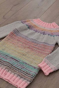 Návod zdarma na dětský svetr s kulatým sedlem pletený shora dolů Fall Inspiration, Knit Crochet, Blanket, Knitting, Handmade, Women, Anna, Relax, Tutorials