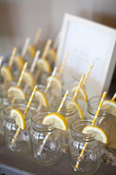 all white party A charming gender-neutral baby shower filled with fresh yellows, black and white striped accents and adorable bee details. Created by Fishtale Photography and Cocoa & Fi Baby Shower Cakes, Idee Baby Shower, Baby Shower Yellow, Baby Yellow, Gender Neutral Baby Shower, Baby Shower Themes, Baby Shower Drinks, Office Baby Showers, Bumble Bee Birthday