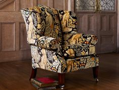 Welcome to the Official home of Morris & Co. Discover Morris & Co.'s timeless range of homeware with Style Library and incorporate our beautifully crafted fabrics and wallpapers into your home. Morris Furniture, Decor, Furniture, Soft Furnishings, Arts And Crafts House, Upholstery Fabric, Home Decor, William Morris Designs, Upholstery