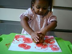 Bricolage Pommes On Pinterest Apple Crafts Bricolage And Preschool Apples