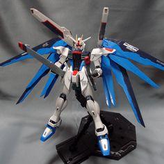 Bandai MG 1/100 Freedom Gundam built model kit SEED Destiny Gunpla Figure #Bandai