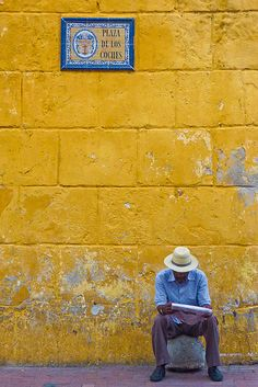 Noticias de Cartagena. Nicolas Monnot.  (Colombia, Cartagena de Indias, July 2011)