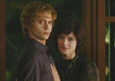 Jasper Alice from New Moon Alice Cullen, The Cullen, Twilight Saga New Moon, Twilight Series, Alice And Jasper, Jackson Rathbone, An Affair To Remember, Edward Bella, Twilight Pictures