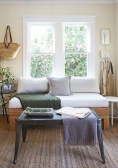 The Accordion Bench/Bed — The Tiny Canal Cottage Tiny Living Rooms, Bed In Living Room, Living Room Shelves, Small Space Living, Living Spaces, Fold Out Beds, Folding Beds, Small Bench, Built In Bench