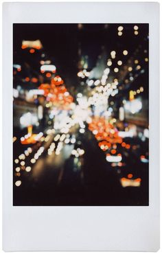 Polaroid Quotes, Polaroid Pictures, Aesthetic Photo, Aesthetic Art, Aesthetic Pictures, Aesthetic Iphone Wallpaper, Aesthetic Wallpapers, Lomography, Film Photography
