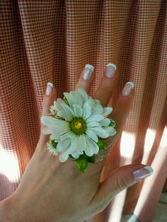 Fresh flower ring by Statton's Corner Farm Gifts & Flowers.  Homecoming and Prom idea!