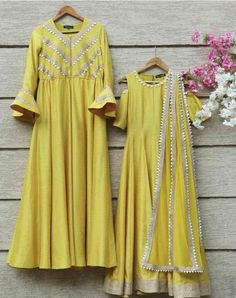 Yellow gota embroideted crop top and skirt set available only at Pernia's Pop Up Shop.Ideas for mehndi dresses Kurti Designs Party Wear, Kurta Designs, Blouse Designs, Indian Attire, Indian Ethnic Wear, Indian Outfits, Indian Gowns, Indian Designer Outfits, Designer Dresses