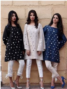 order contact my whatsapp number 7874133176 Pakistani Fashion Casual, Pakistani Outfits, Indian Outfits, Indian Fashion, Stylish Dress Designs, Stylish Dresses, Simple Dresses, Pakistani Couture, Pakistani Dress Design