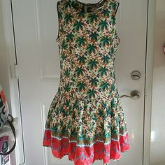 Printed Summer Dress Beautiful floral, printed summer dress. Pleated bottom. Hidden zipper in the back. Still has the tag on . Dresses