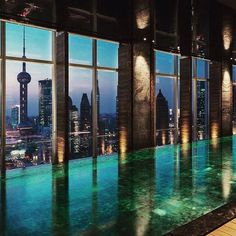1000 images about favorite hotels resorts on pinterest - Shanghai infinity pool ...
