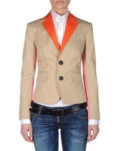 awesome 3 color jacket idea
