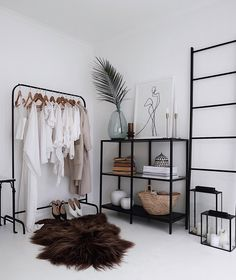 [New] The 10 Best Home Decor (with Pictures) - C o r n e r If youve seen my stories my room does not look like this right now. Currently undergoing through some changes as usual. Tell me do you have a favourite corner or space in your home? My New Room, My Room, Living Room Decor, Bedroom Decor, Bedroom Ideas, Home Interior Design, Interior Ideas, Home Fashion, House Styles